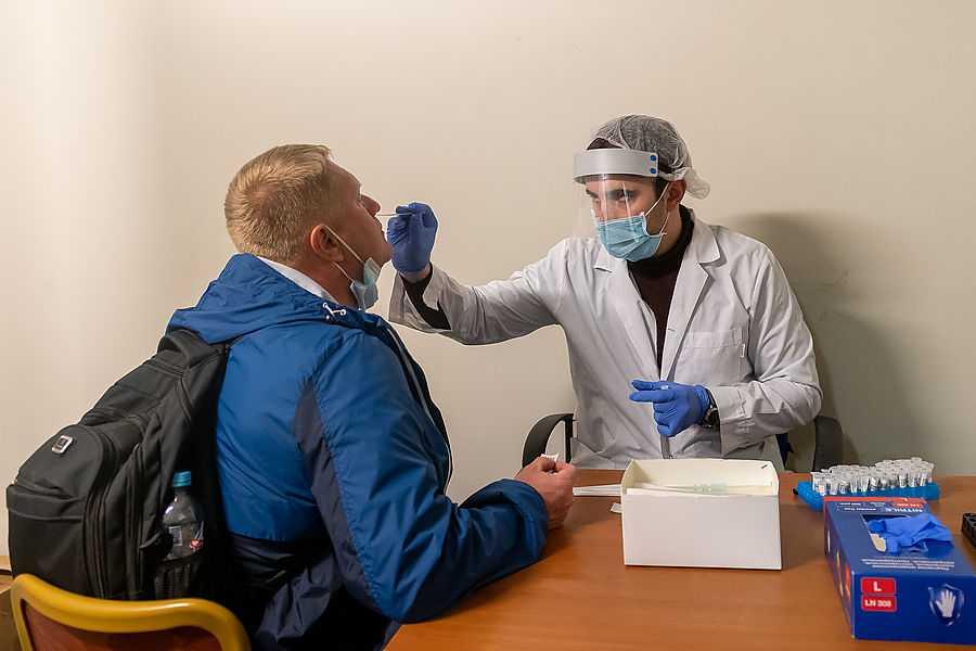 Бесплатная вакцина для Украины – сыр в мышеловке