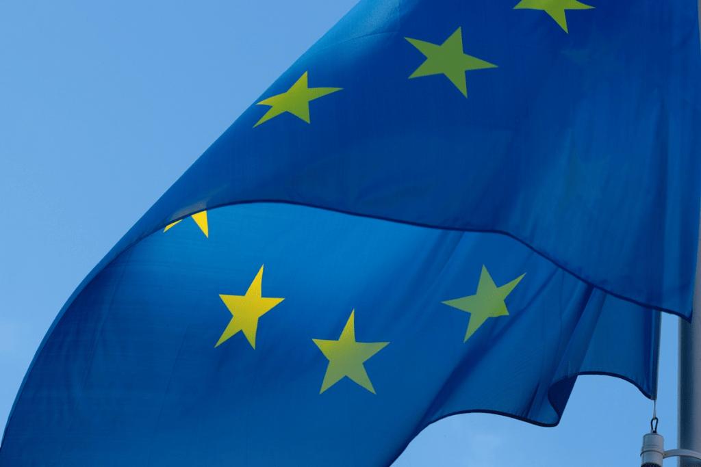 ЕС превращается в Советский Союз
