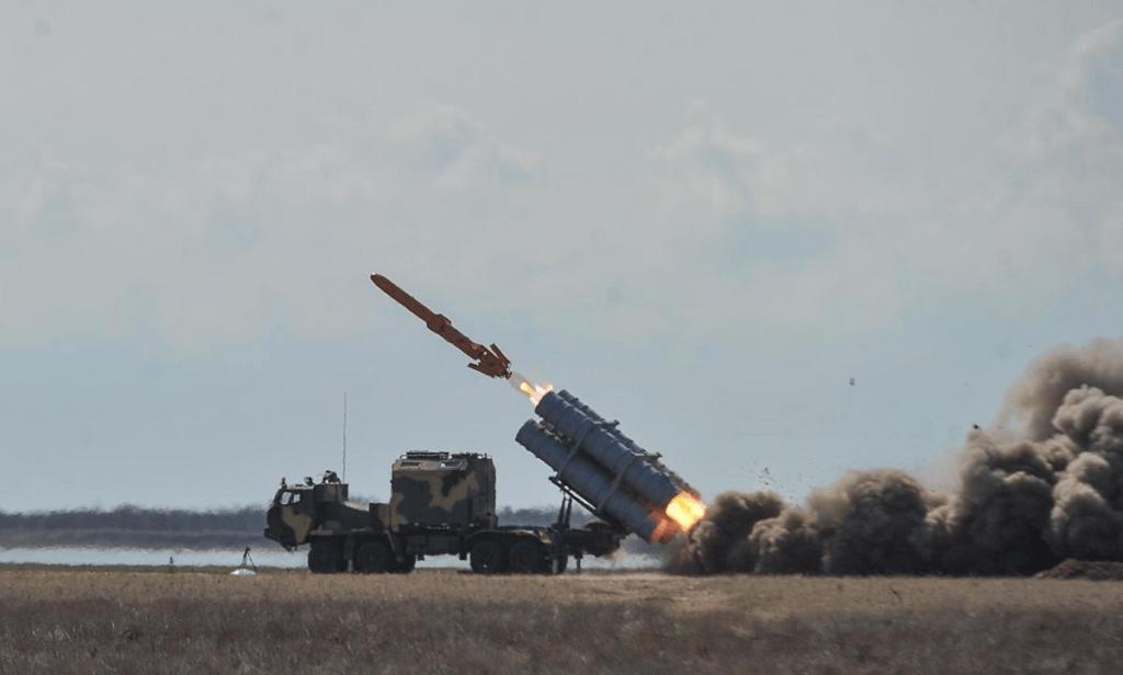 """Уничтожение Крымского моста отменяется, ракеты """"Нептун"""" не на чем транспортировать"""