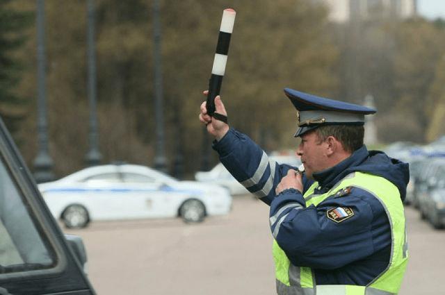 Что не надо делать при остановке инспектором ГИБДД