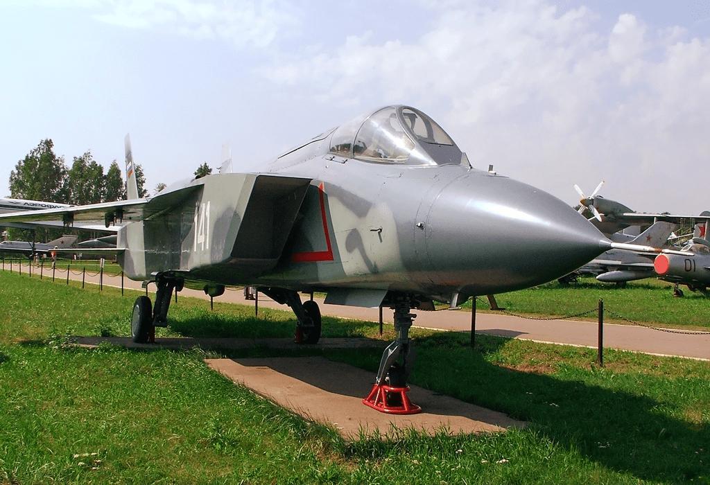Американский F-35 – наследник советского военно-промышленного комплекса