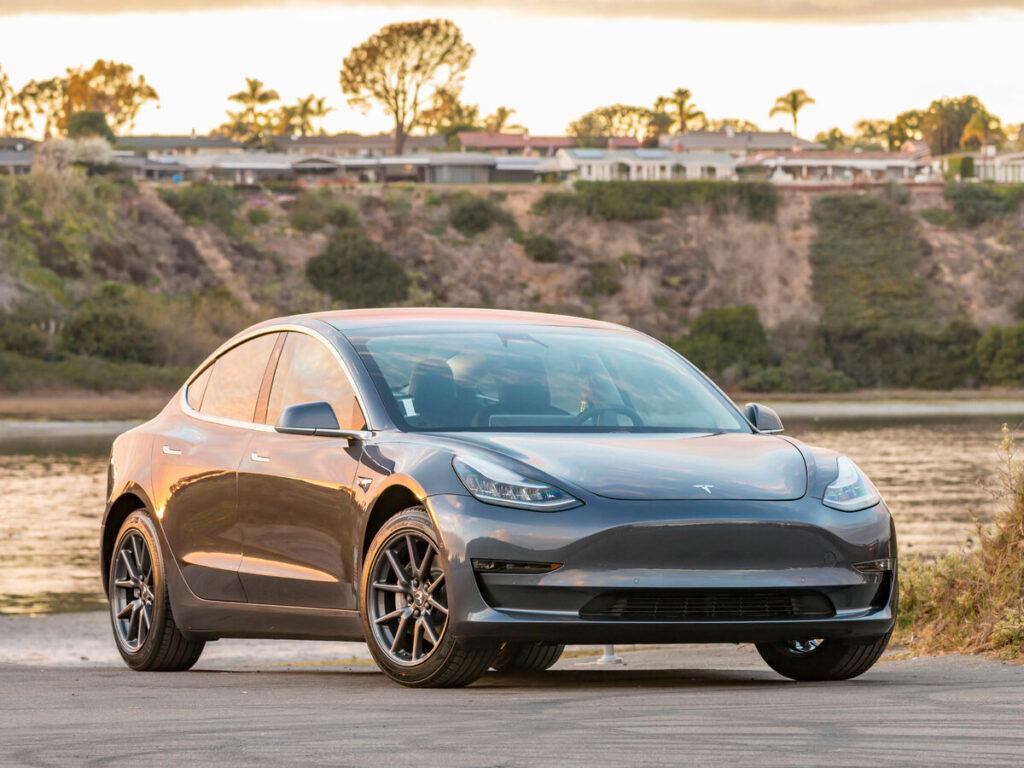 Биохакинг и Tesla