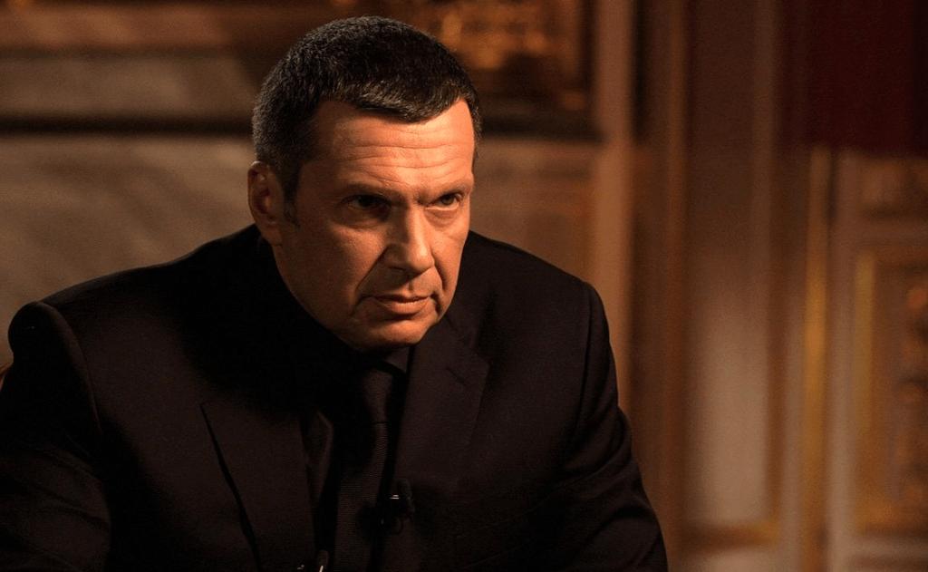 """Навальный, санкции и """"соловьиные трели"""" на ВГТРК"""