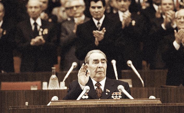 """Чем отличается """"застой"""" 80-х годов в СССР от нынешней ситуации в России"""