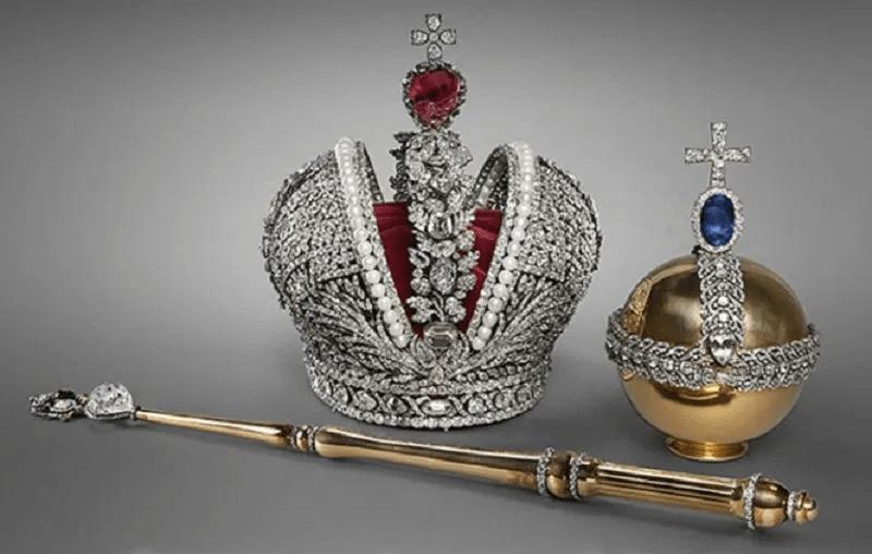 Пожизненная монархия