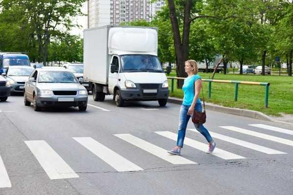 ДТП на пешеходном переходе, как не стать жертвой мошенников