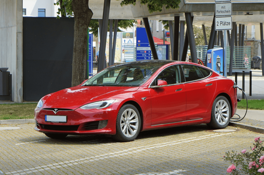 Tesla в России. Правда или вымысел?